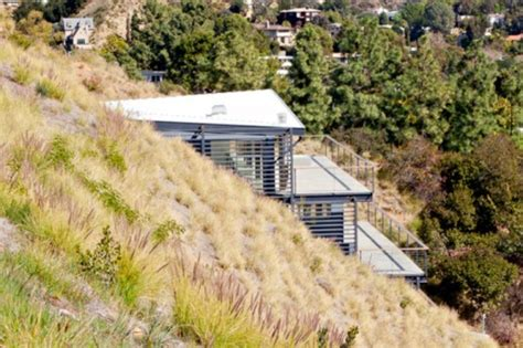 hollywood hills house by francois perrin hollywood hills house francois perrin 171 inhabitat green
