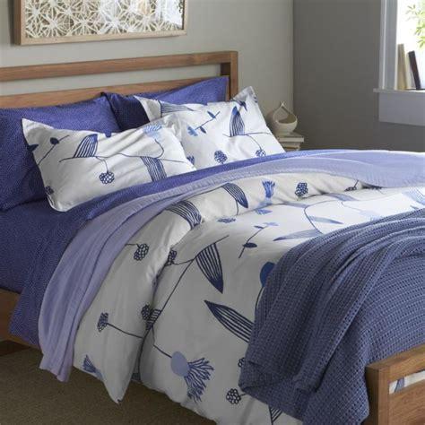 marimekko bedding marimekko lompolo bed linens crate and barrel bedroom