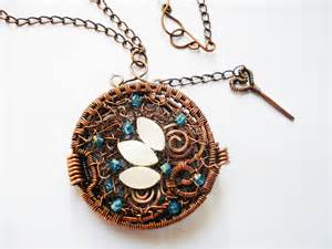 Wire wrapping jewelry pendant handmade with copper wire glass beads