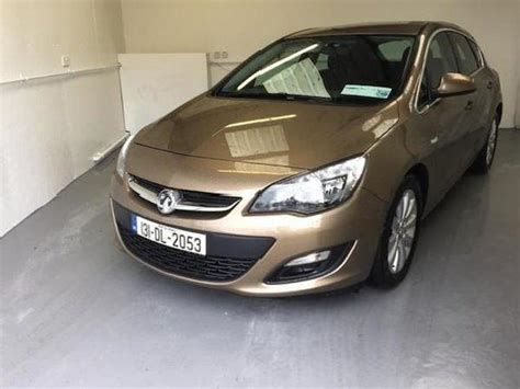 Opel Astra 5 Used Gold Opel Astra Cars Mitula Cars