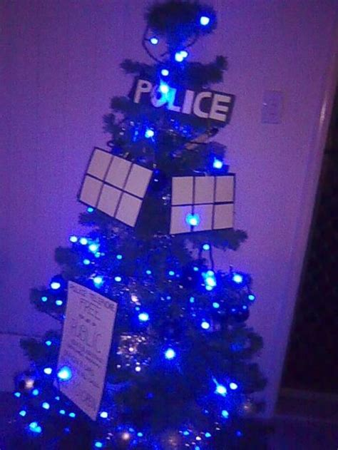 tardis christmas tree pic global geek news