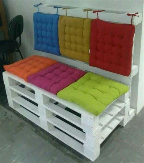 cucire cuscini per divano cuscini per i divani in pallet come fare