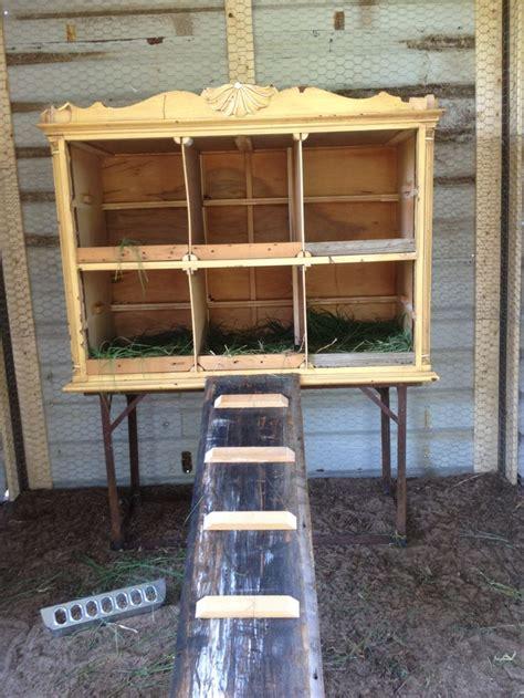 cheap diy chicken coop 20 easy cheap diy chicken nesting boxes