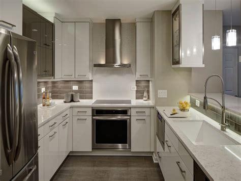 Condo Kitchen Cabinets Kitchen Design White Cabinets Granite Countertops Contemporary Condo Kitchen Modern Condo