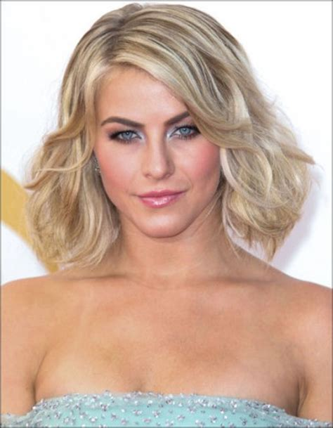 how does julienne hough style hair 2013 emmy hair and makeup