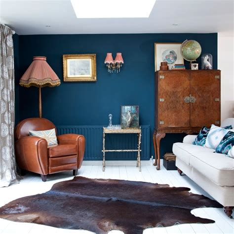 living room with blue feature wall easy living room