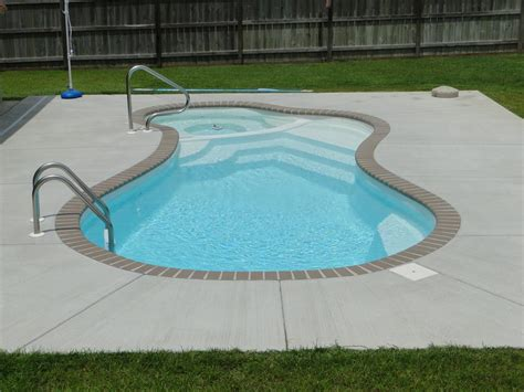 Backyard Pools Prices Small Inground Pool Benefits And Difficulties Backyard Design Ideas