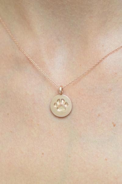 lisa vanderpumps cross necklace where to find the quot vanderpaws quot necklace benefitting the vanderpump dog
