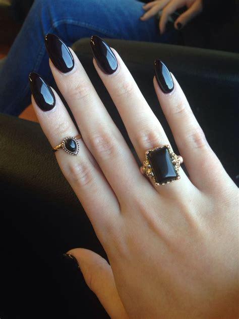 pointy nail designs    rock  holidays