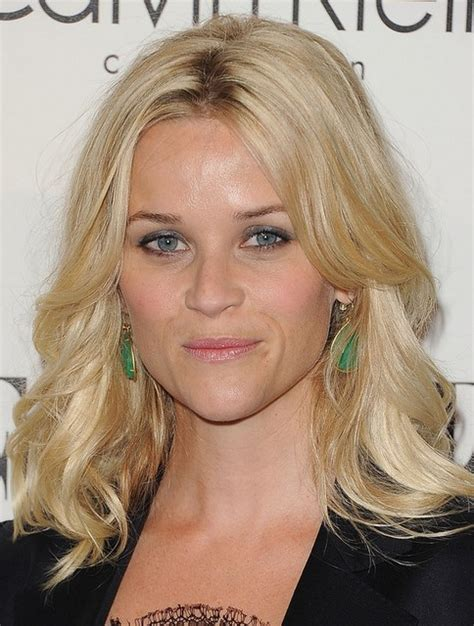 hairstyles blonde mid length reese witherspoon medium length hairstyle blonde waves