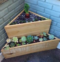 how to make a wood pallet planter 42 diy ideas