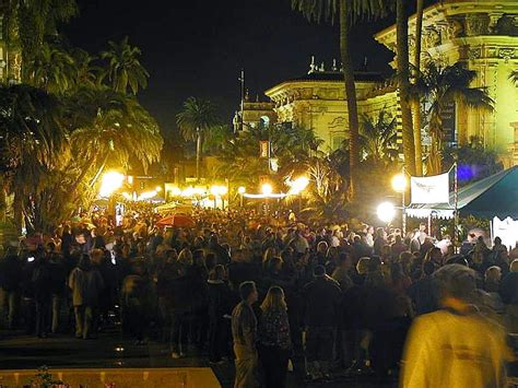 File Balboa Park Crowds Nighttime Palm Trees Lights Jpg