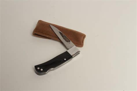 wayne clay knives wayne clay pelham tenn custom folding knife measuring