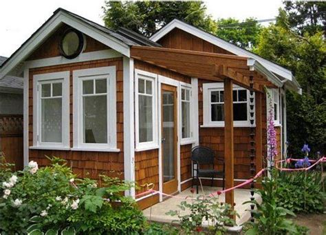 Backyard Office Shed by Do You A Backyard Studio Office Shed Or Cottage