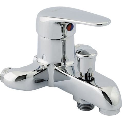 mitigeur baignoir mitigeur de baignoire renovalux entraxe 110 mm porquet bricozor