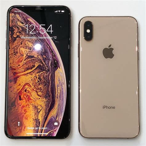 apple iphone xs review which should you buy