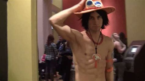 ace one piece cosplay interview at mtac 2013 by cosplayer