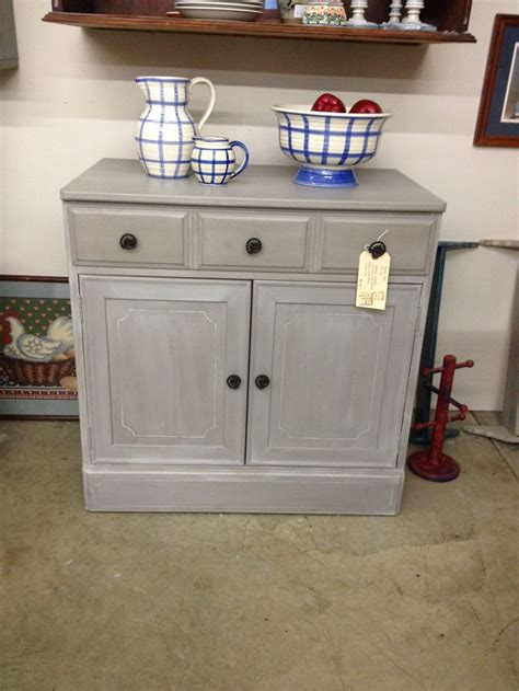 kitchen annie sloan chalk paint in french linen i did french linen small cabinet painted with annie sloan chalk paint french