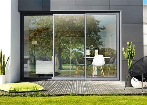 amenagement petit jardin avec terrasse 2900 baie coulissants aluminium 3 rails baie vitree galandage