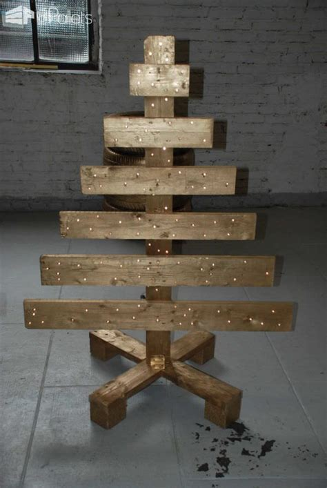xmas pallet decor 40 pallet christmas trees holiday decorations ideas