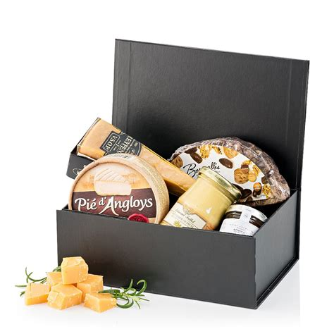 holiday cheese co gift box delivery in switzerland by