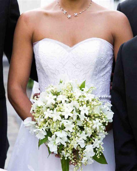White Wedding Bouquets by 32 White Wedding Bouquets Martha Stewart Weddings
