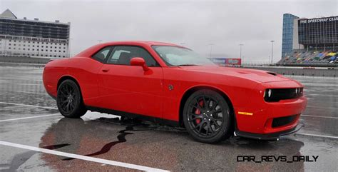 dodge hellcat challenger 2015 2015 dodge challenger srt hellcat photos