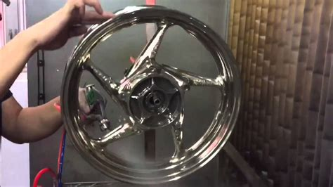 Motorrad Felgen Gold Lackieren by Spray Chrome On Motorcycle Rims Alphalokgraphics