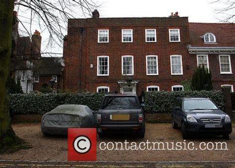 george michael hopes flooding river thames won t wreck his george michael 39 s house george michael images george