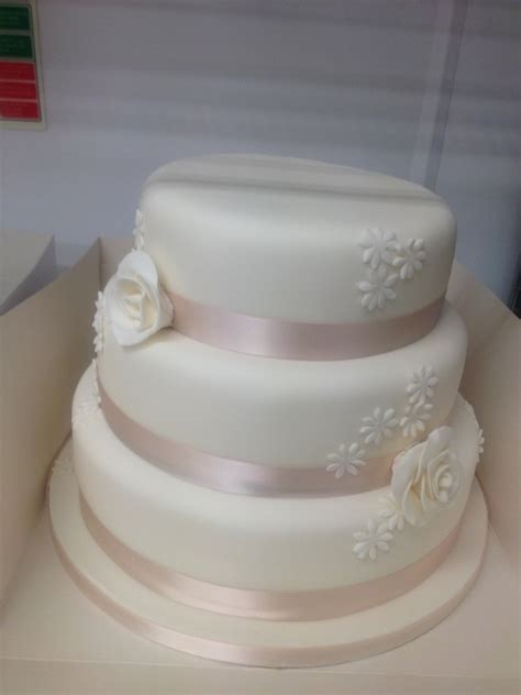 Simple But 3 Tier Wedding Cake For And 3 Tier Simply Classic Design 2 Rc2 Gt Recession Wedding