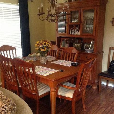 how to paint my dining room table hi i d like to paint my dining room table and china