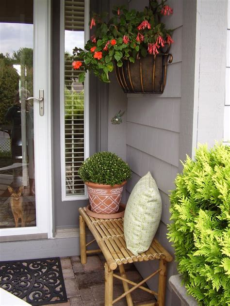 small front bench best 25 small porch decorating ideas on small