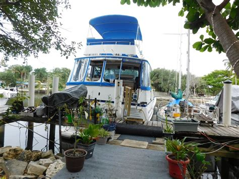 boat hire fort lauderdale private quarters 47 yacht guest room privatebath boats
