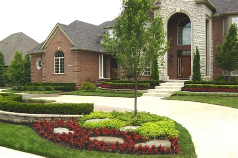 7 best front yard landscaping ideas for a good impression