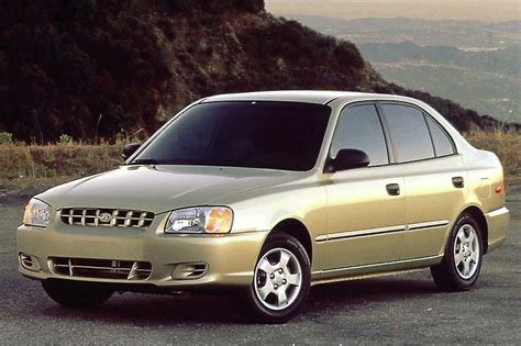 how to sell used cars 2000 hyundai accent regenerative braking 2000 05 hyundai accent consumer guide auto