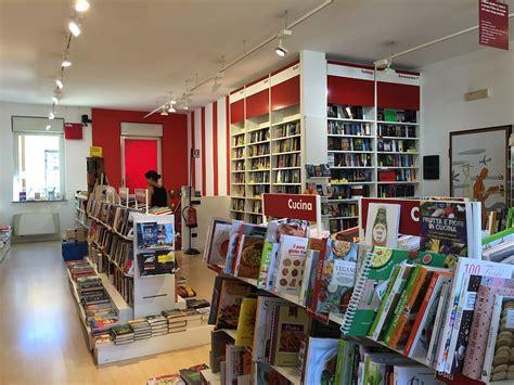 libreria san busto arsizio ubiklibri libreria ubik di busto
