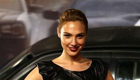 citilink to introduce surabaya jedda flight route for former miss israeli to play wonder woman feature tempo