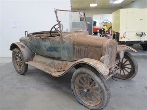 Model T Ford Forum: Barn Find   1925 Duncan & Fraser