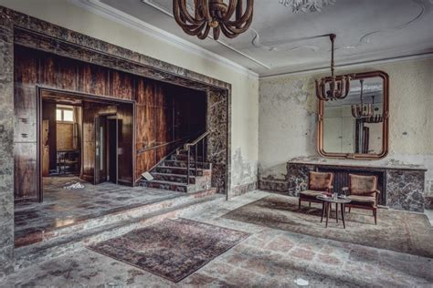high quality abandoned room images world s greatest art site 19 eerie photos of the world s grandest abandoned hotels