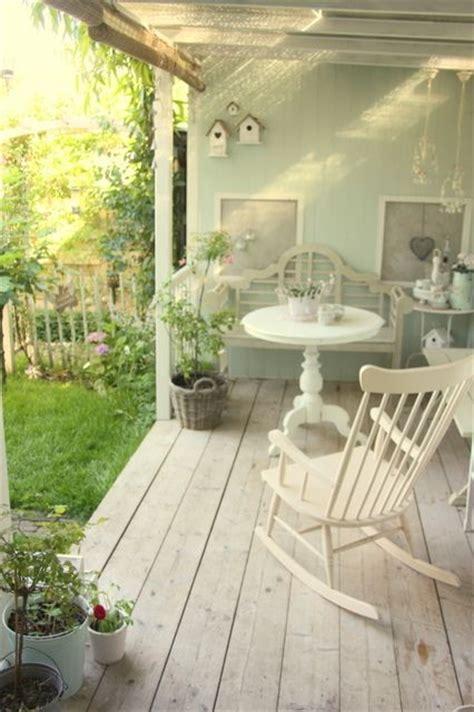 veranda shabby chic una gallery di outdoor shabby chic per il relax in
