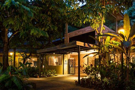 4 Elegant Alternative Singapore Wedding Venues You Need To Villa Halia Botanic Gardens