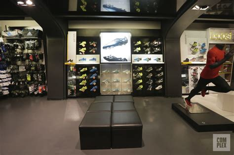 athletic shoe stores nyc the 10 best sneaker stores in nyc complex