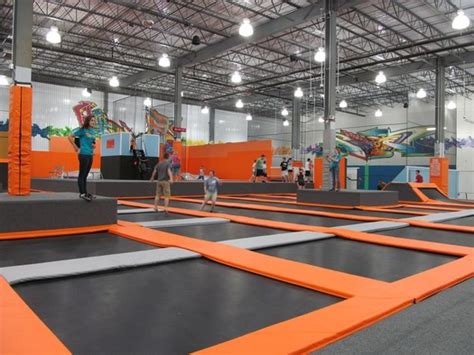 How Big Is 15000 Square Feet by Flight Trampoline Park All Over Albany