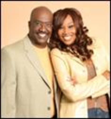 pictures of yolanda adams and second husband yolanda adams ex husband picture hairstylegalleries com