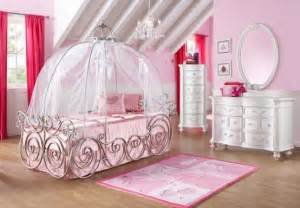 rooms to go disney id 233 es pour la chambre de fille mobilier princesse