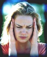 mal di testa ciclo mestruale forte mal di testa legato al ciclo mestruale dol s magazine