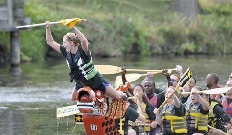 dragon boat racing lansing capital city dragon boat racing awesome mitten