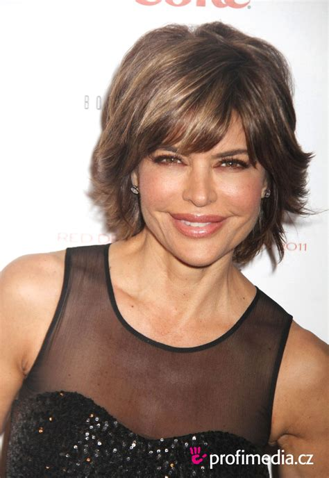 what is the texture of lisa rinna hair lisa rinna hairstyle easyhairstyler