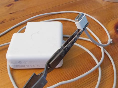how to fix your macbook pro charger repairing magsafe charger for apple macbooks the