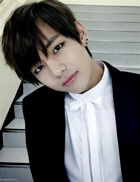 kim taehyung black hair 32 best kim taehyung images on pinterest bts bangtan boy